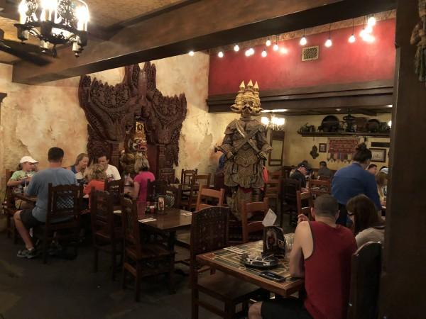 Ponto Orlando Restaurante na Disney Yak & Yeti NEW 002