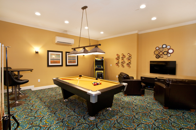 1101CPRR-game-room-131011
