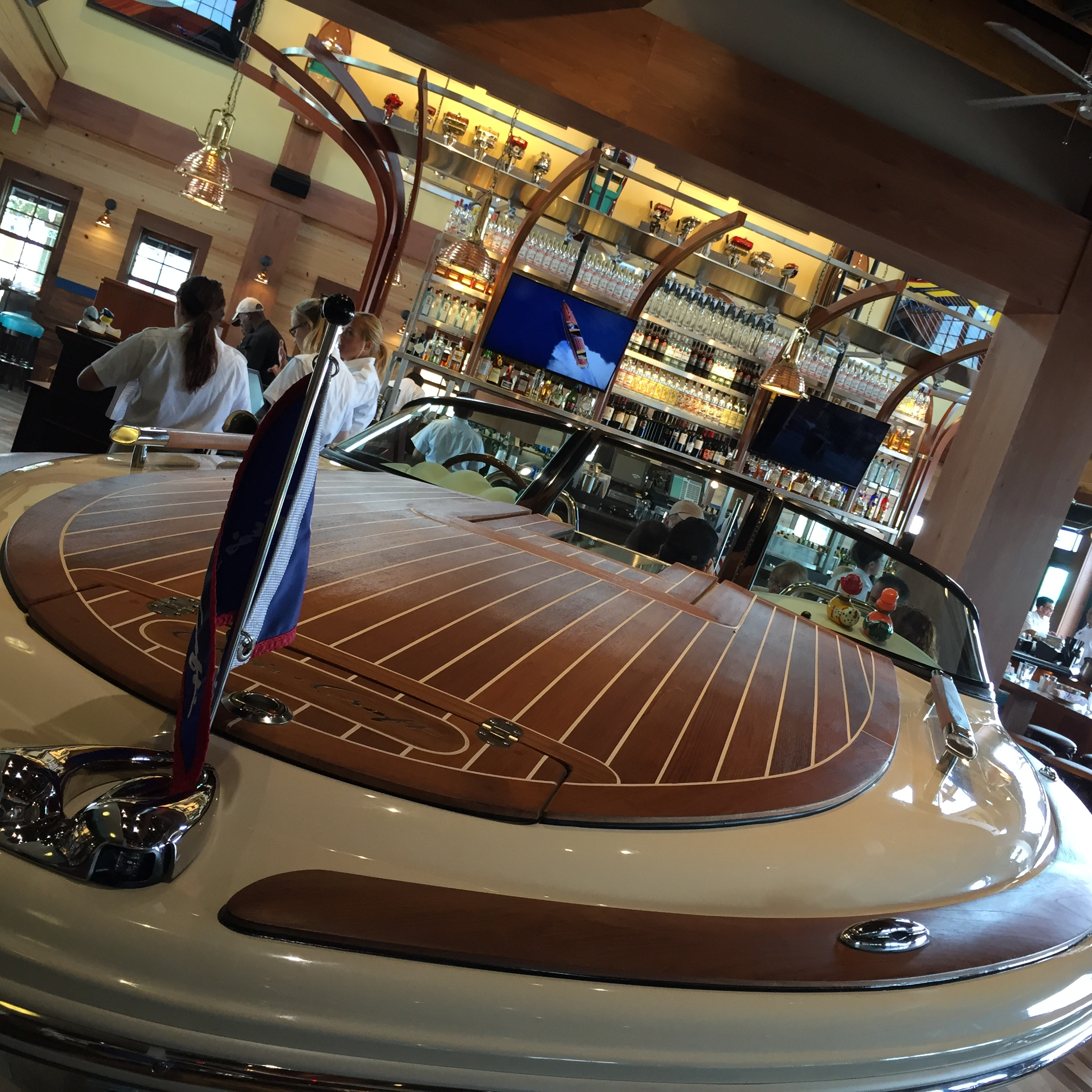 Ponto Orlando Restaurantes na Disney Boathouse 3