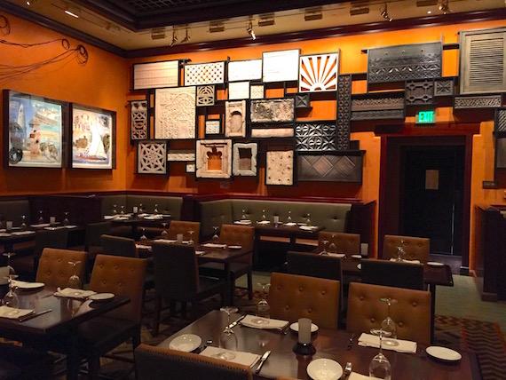 Ponto Orlando Restaurantes na Disney Tiffins NEW 004