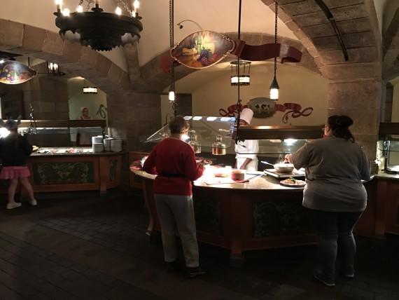 Ponto Orlando Restaurantes na Disney Biergarten 003