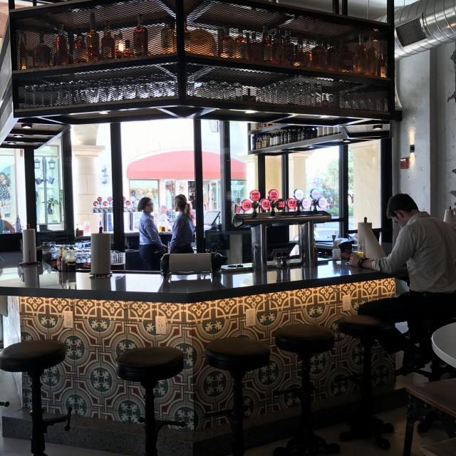 Ponto Orlando Restaurantes na Disney Polite Pig 004