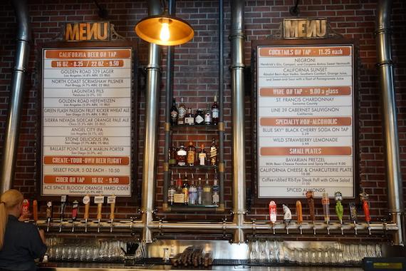 Ponto Orlando Restaurantes na Disney Baseline Tap House 004