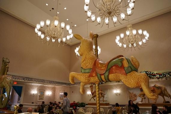 Ponto Orlando Restaurantes na Disney 1900 Park Fare NEW 002