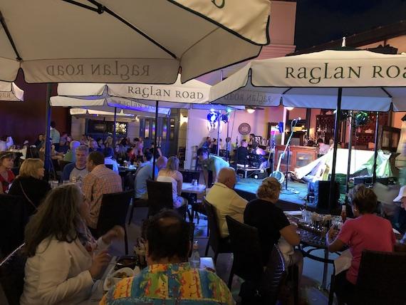 Ponto Orlando Restaurantes na Disney Raglan Road NEW 004