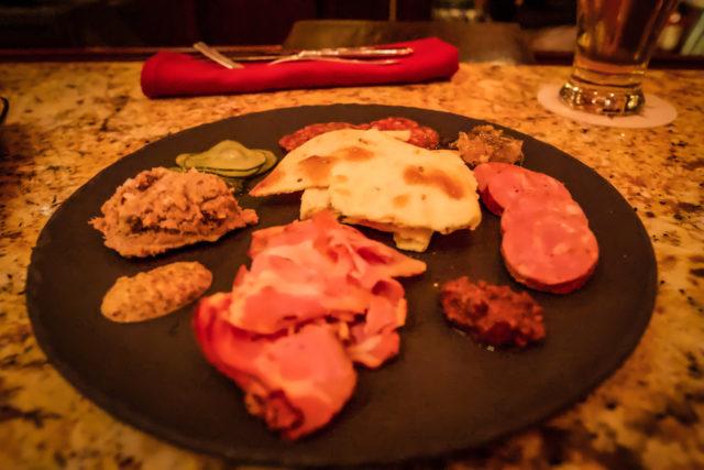 Ponto Orlando Restaurantes na Disney Nomad Lounge 006