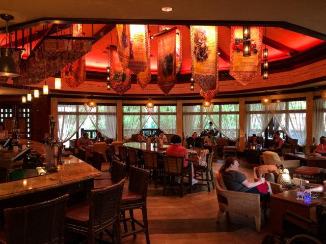 Ponto Orlando Restaurantes na Disney Nomad Lounge 005